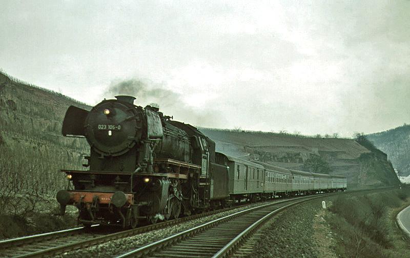 1970: 2456 mit 023 105