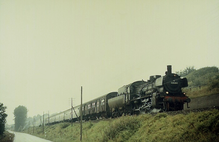 E560 (Frankfurt – Heilbronn) mit 38 2499 am 10.8.1968
