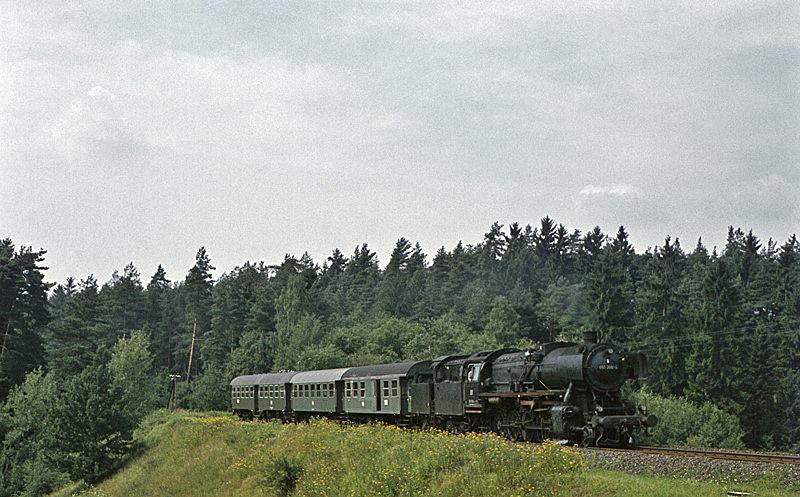 4488 (Bayreuth – Kirchenlaibach) mit 051 356 am 7.8.1970
