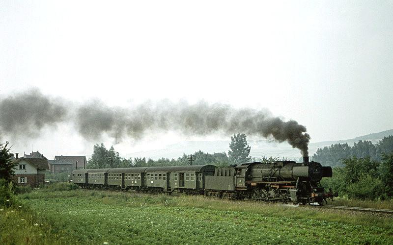 2736 (Lauda - Bad Mergentheim) mit 052 888 am 2.8.1970 bei Bad Mergentheim