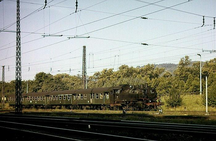 P3205 mit 64 299 am 1.8.1965 am BW Tübingen
