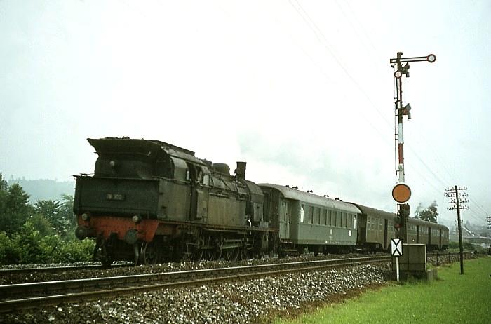 E4728 (Crailsheim - Stuttgart) mit 78 300 am 8.8.1968