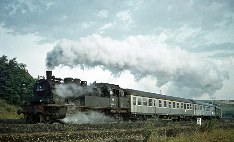 3900 (Rottweil – Villingen) mit 078 164 am 14.8.1970 in Rottweil