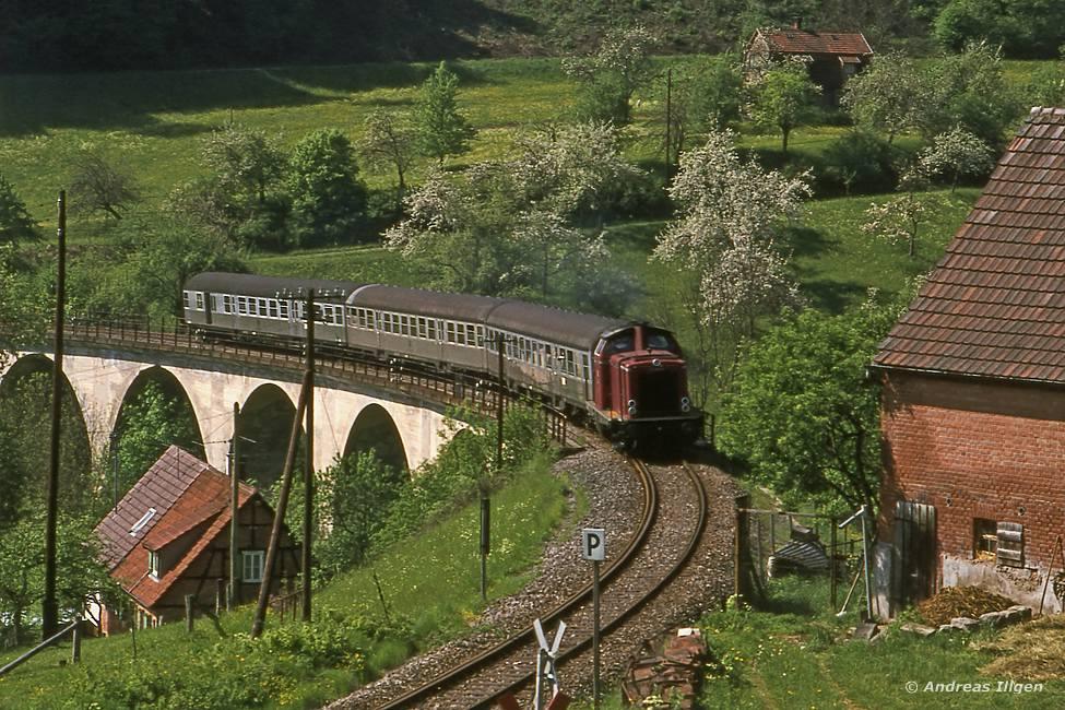 212 244 1976 am Strümpfelbach-Viadukt