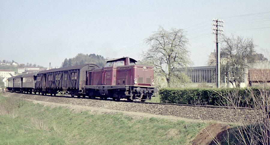Unbekannte V100 zwischen Sigmaringen und Inzigkofen