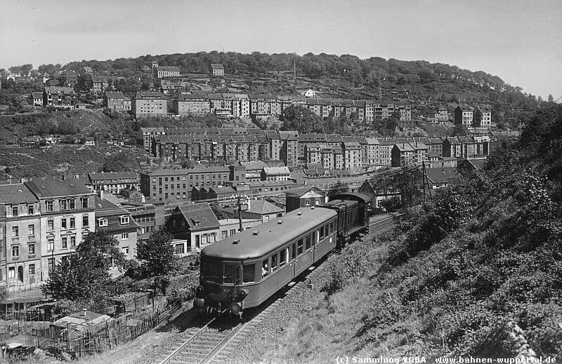 V36 235 am 18.5.1950 mit Steuerwagen